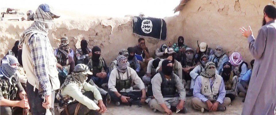 Photo of Iraqi Air Force targets ISIS gathering in al-Qaim, senior terrorist leaders killed