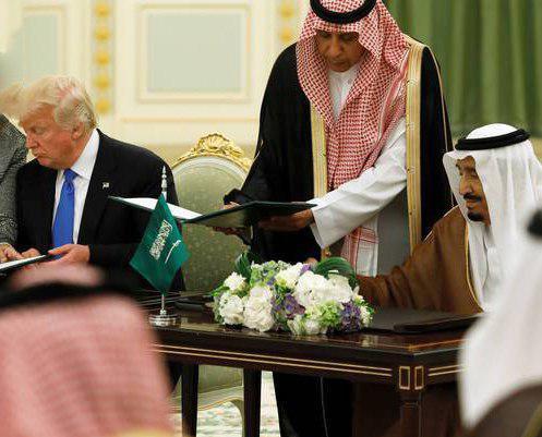 Photo of USA and Saudi Arabia agree to '$350 billion arms deal'