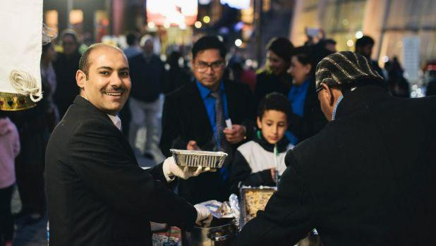 Photo of Canberra Muslims break Ramadan fast at public iftar in Civic Square