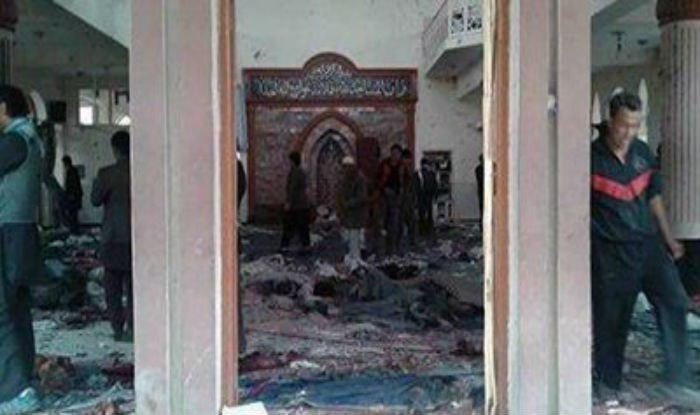 Photo of Suicide bomber strikes outside Shia mosque in Afghan capital
