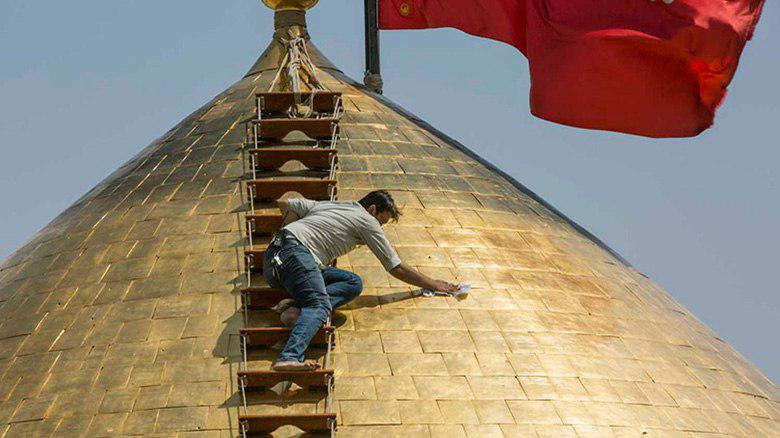 Photo of Maintaining dome of Imam Hussein Holy Shrine
