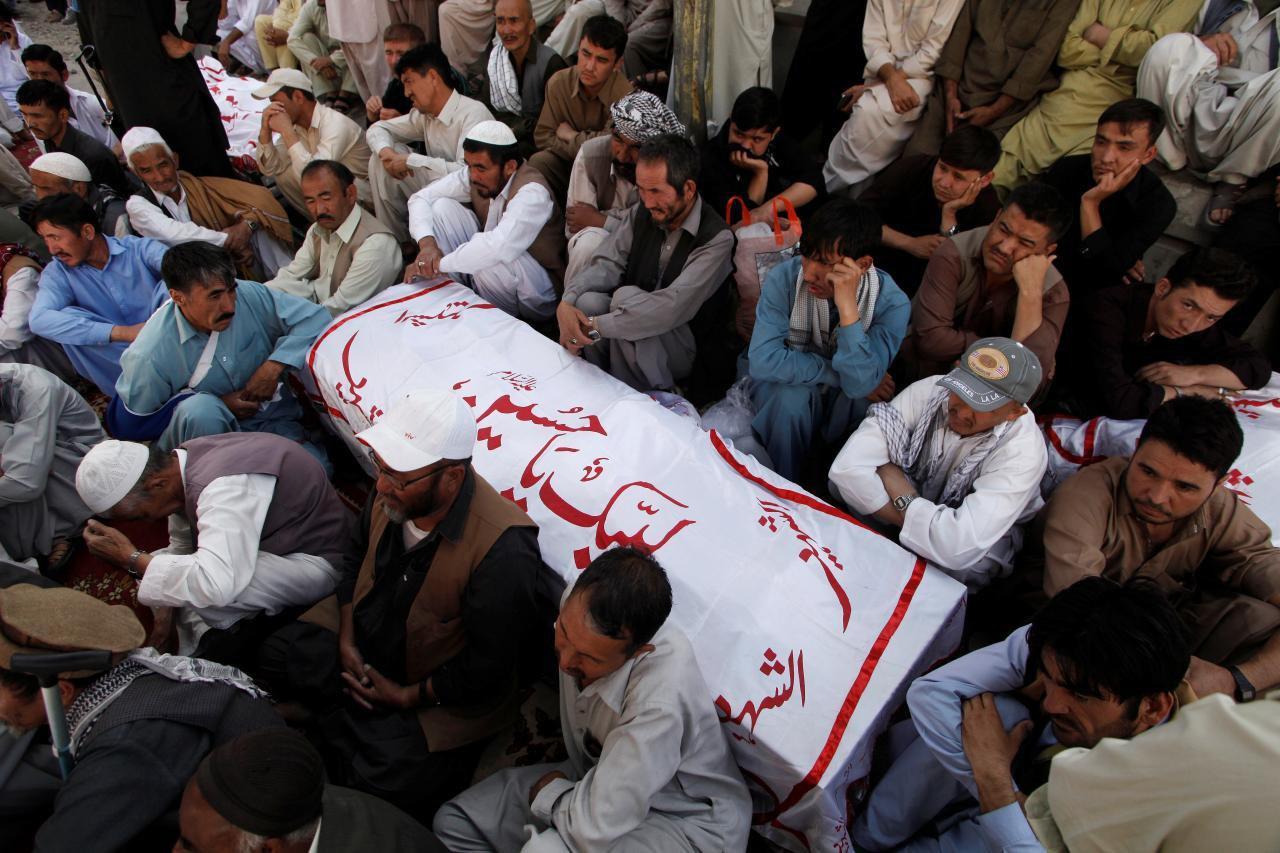 Photo of Gunmen kill five in attack on Shias in southwestern Pakistan
