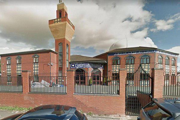 Photo of Hate crime targeting UK mosques more than doubled in past year, figures show