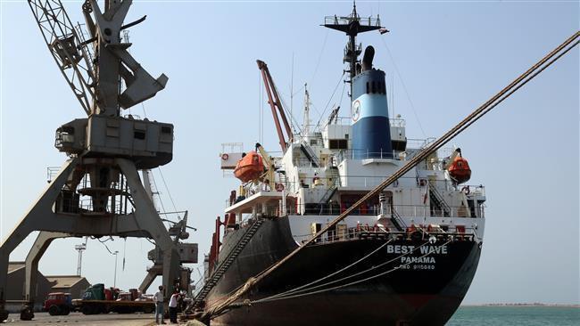 Photo of Saudi blockade of Yemen cuts fuel lifeline as Riyadh tightens siege