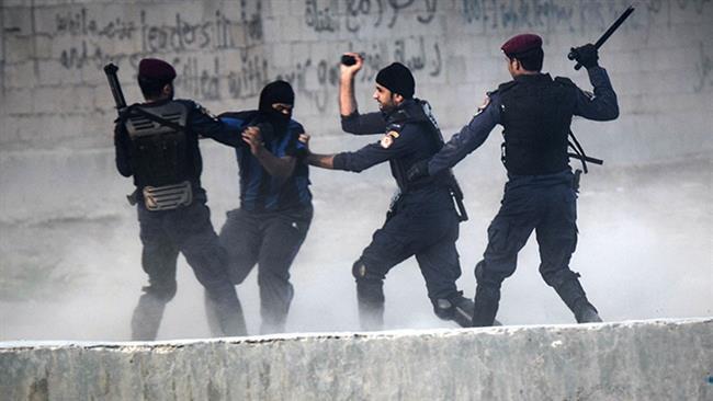 Photo of Bahraini regime forces detain 6 civilians with no charge: Activists