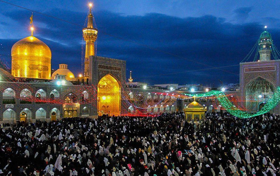 Photo of Irish youth converts to Islam in Imam Reza Holy Shrine
