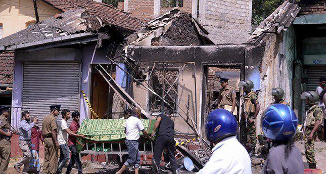 Photo of Anti-Muslim attacks continue despite Sri Lanka's state of emergency