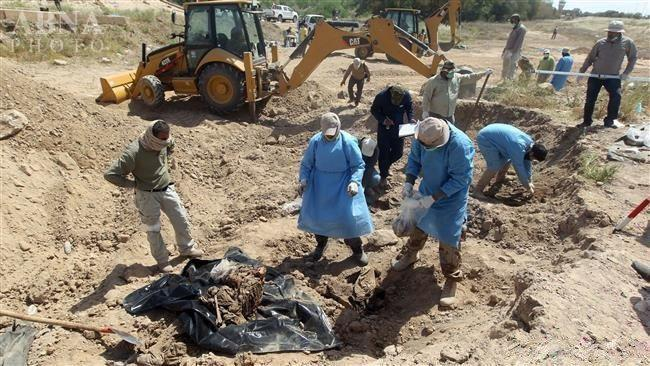 Photo of Mass grave found in Iraq's Diyala, remains of 5 unearthed