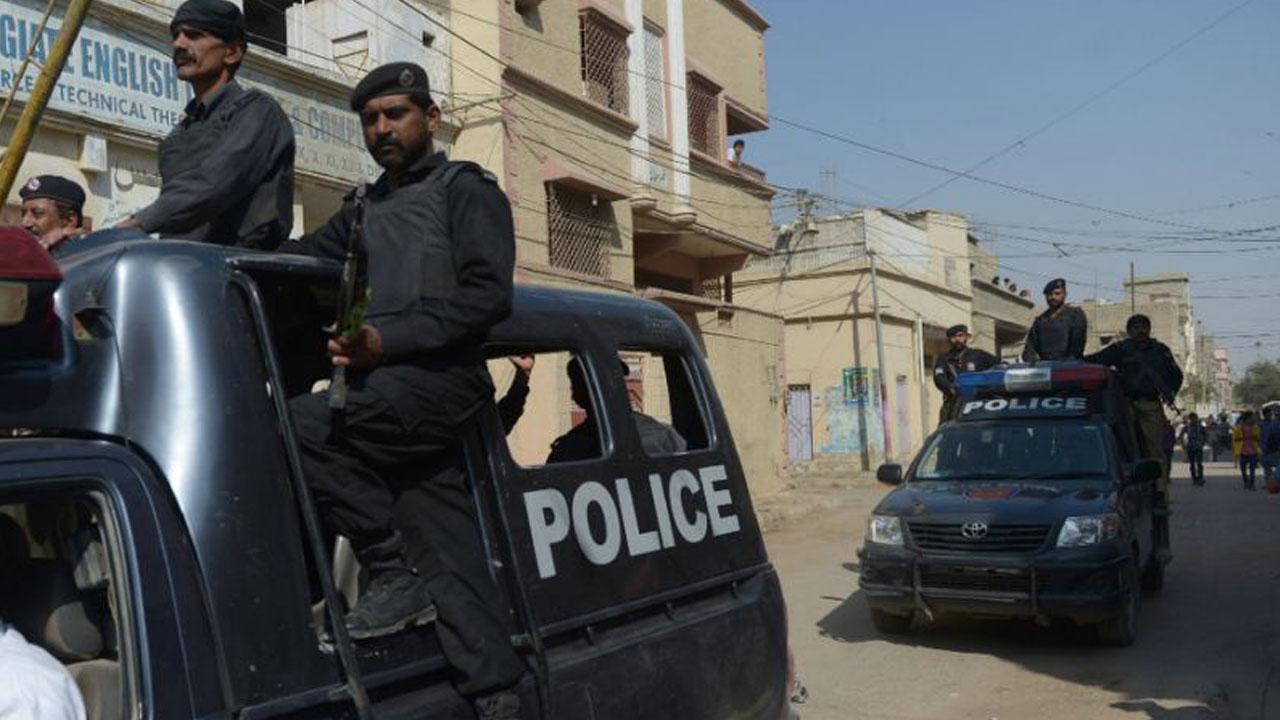 Photo of A Shia Muslim man embraces martyrdom in Daesh-ASWJ terrorist attack in Quetta