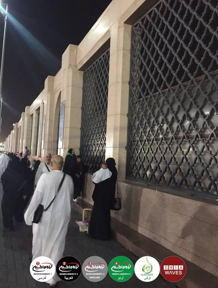 Photo of Saudi authorities block Baqie mausoleums view by erecting a metal wall