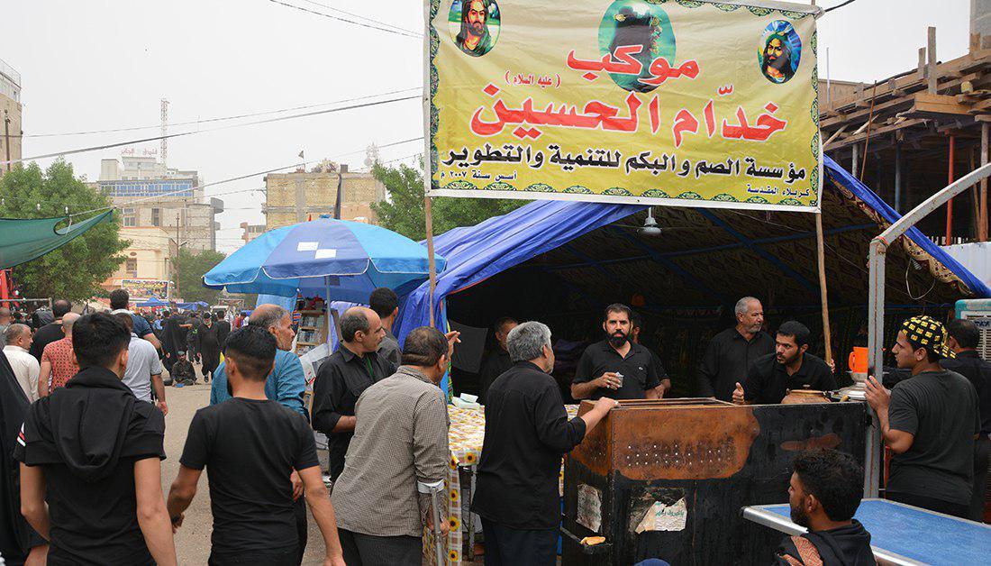 Photo of Husseini services unit of deaf-mute people serves Arbaeen pilgrims