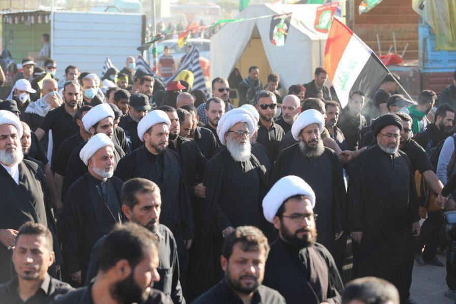 Photo of Grand Ayatollah Sheikh Bashir al-Najafi joins the Arbaeen walk