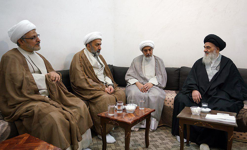 Photo of Representatives of Grand Ayatollah Shirazi Meet in Grand Jurist's house in Qom