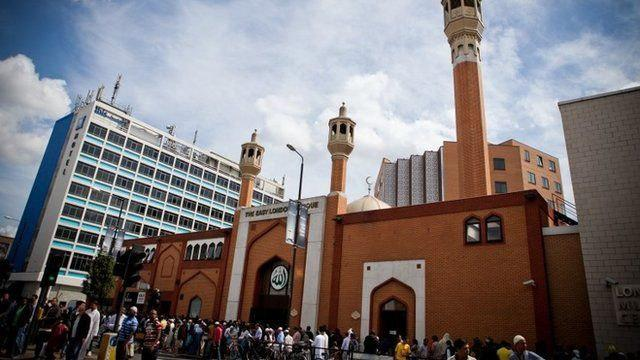 Photo of Over 200 mosques in Britain to host 'Visit My Mosque Day'