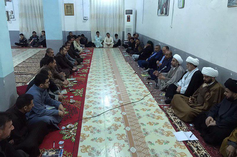 Photo of Representative of Grand Ayatollah Shirazi meets clerics at Imam Ali Seminary in Basra