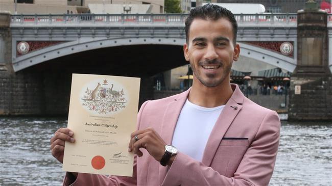 Photo of Refugee Shia football player granted Australian citizenship