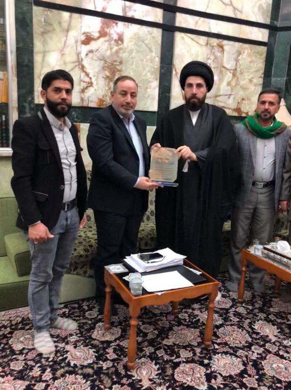 Photo of Imam Hussein Media Group honors custodians of al-Abbas holy shrine .