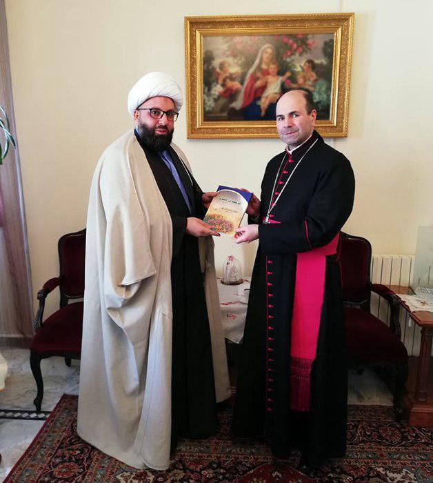 Photo of Member of Grand Ayatollah Shirazi's office visits a Maronite priest