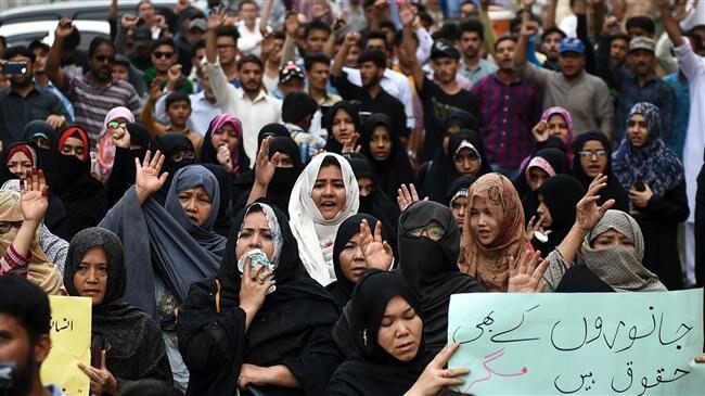 Photo of Pakistan's Hazara Muslims keep sit-in going after Quetta bombing