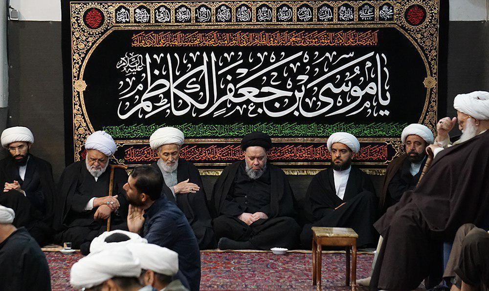 Photo of Shia Muslims mourn Imam Kadhim's martyrdom anniversary