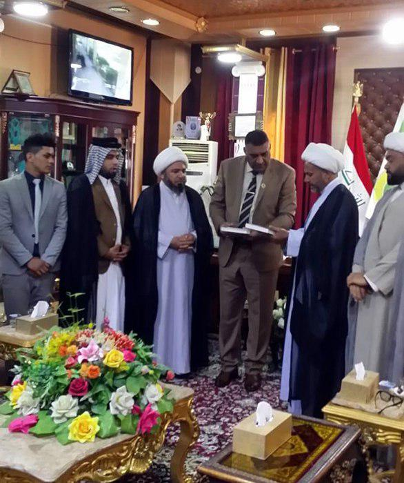 Photo of Grand Ayatollah Shirazi's delegates visit officials in Wasit Province