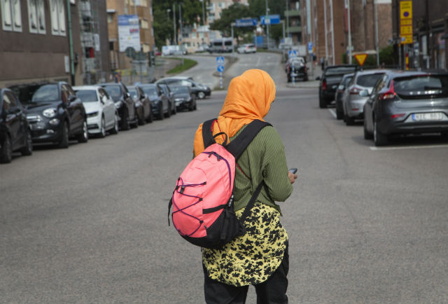 Photo of Swedish town bans Islamic headscarf in primary schools