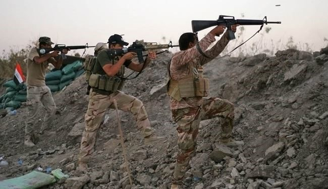 Photo of Iraqi popular forces repel ISIS attack on Samarra