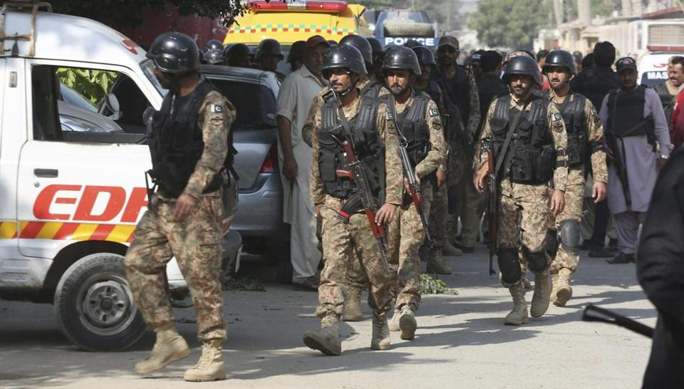 Photo of Three terrorists killed in a gunfight with police in Karachi