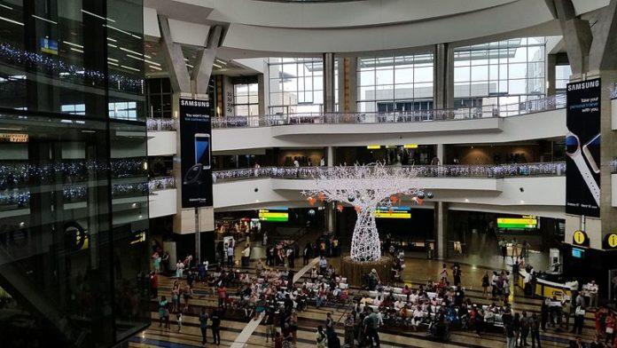 Photo of O.R. Tambo Airport asks Muslim women to remove hijab at airport
