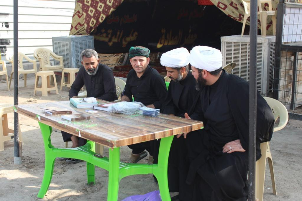 Photo of Committee for religious inquiries under the auspices of Grand Ayatollah Shirazi begins its work on the road of Arbaeen pilgrims