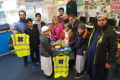 Photo of Dewsbury mosques unite for food bank