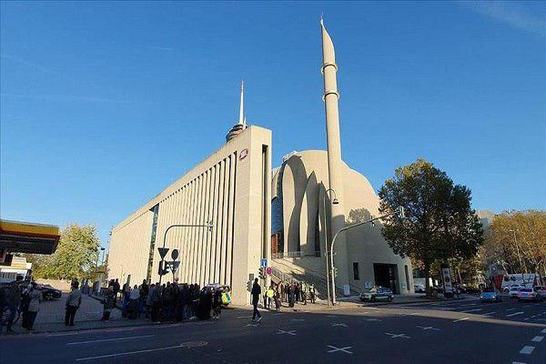Photo of Cologne Mosque reopens after hoax bomb threat
