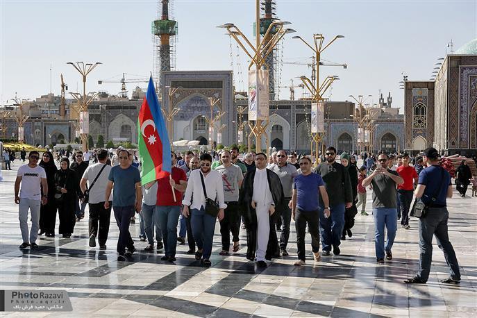 Photo of Nearly 1000 Azeri pilgrims visit Imam Redha Holy Shrine