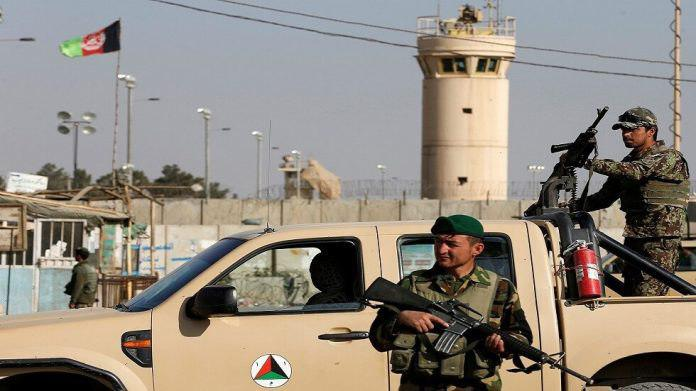 Photo of Bagram Air Base in Afghanistan is attacked by car bomb