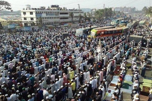 Photo of Hundreds of Thousands Gather to Pray for World Peace in Bangladesh