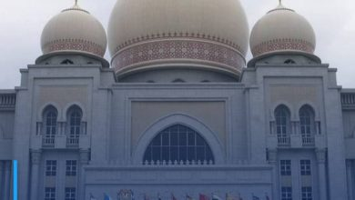 Photo of Malaysian court overturns ban on use of 'Allah' by non-Muslim publications