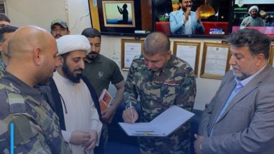 Photo of Director of Imam Hussein Media Group receives commander of the Third Division of Saraya al-Salam