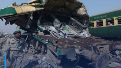 Photo of Many killed as two trains collide in southern Pakistan