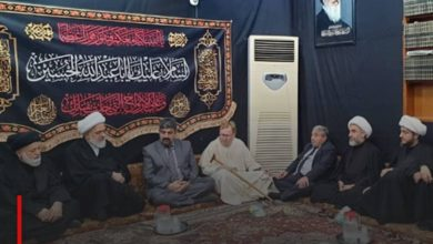 Photo of The Hungarian Minister of Religions and Sects in the Karbala Office of Grand Ayatollah Shirazi