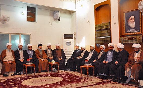 تصویر دفتر آیت الله العظمی شیرازی میزبان اساتید و طلاب حوزه بغداد