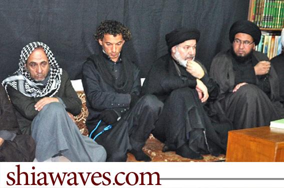 تصویر شیعه شدن يک مسیحی در دفتر آیت الله العظمی سید صادق شیرازی  در کربلا  + عکس