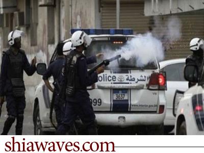 تصویر آل خلیفه با تمام قوا به جنگ شيعيان بحرين می آید