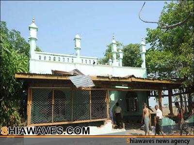 تصویر تخریب مساجد و هتک حرمت قرآن کریم در میانمار+عکس
