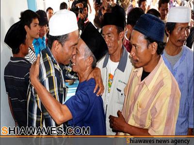 تصویر عذرخواهی از شیعیان آواره  پس از دوسال در اندونزی