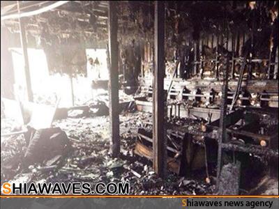 تصویر آتش زدن حسینیه الزهرا (سلام الله علیها) در کویت