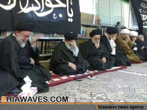 تصویر حضور حضرت آیت الله العظمی شیرازی در مدرسه مرحوم آیت الله العظمی موحد ابطحی