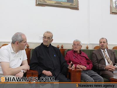 تصویر تشرف هیاتی از كشيش های لبنانی به حرم مطهر علوی