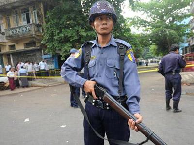 تصویر حکم حبس، به جرم نماز خواندن در میانمار