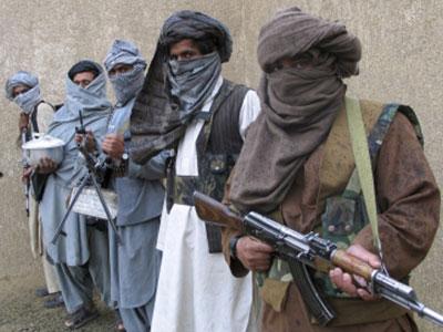 تصویر شيعيان پاکستان و افغانستان به جنگ با داعش می روند