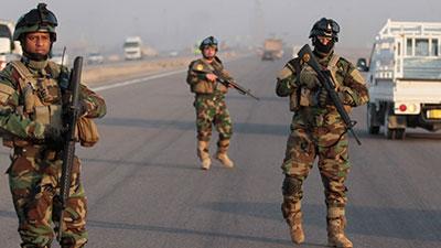 تصویر عقب نشینی نیروهای داعش از مناطق غربی عراق